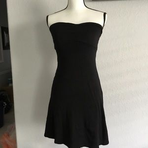 Black tank dress with shirting double line small.
